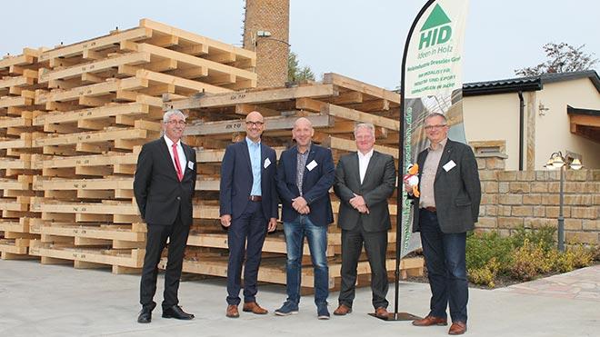 Die Holzindustrie Dresden baut Verpackungen für alles Mögliche. Tipps zum Transport gibt's dazu und auch die Theorie.